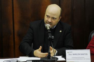Projeto de Marlon Santos suspende benefícios fiscais de empresas litigantes com o Estado