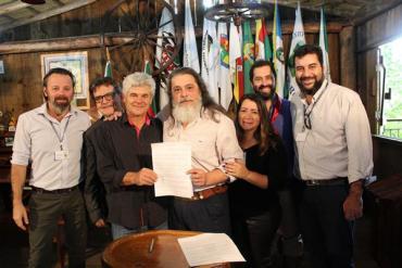 Deputado Marenco apresenta PL para legalizar a reutilização e doação de excedentes de alimentos