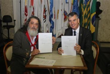 Loureiro e Marenco apresentam projeto que torna Festival da Barranca patrimônio cultural imaterial