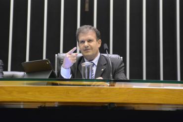 Com emenda de pedetista, Câmara aprova projeto que dá autonomia a partidos sobre mandato de dirigentes