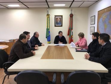 Assinado convênio para cedência de terreno que irá abrigar ginásio em Santa Cecília do Sul
