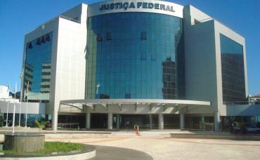 Justiça Federal defere ação de Lupi e proíbe bancos de aumentar juros
